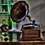 started-the-gramophone-4822596_1920